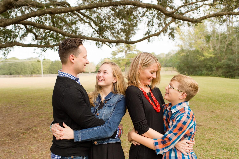 FamilyPhotosession_ParentsWithTeens_GainesvilleFlorida-1