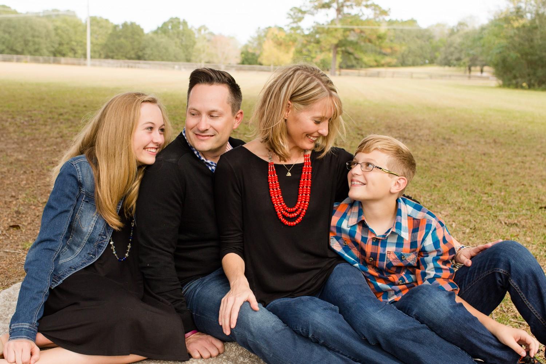 FamilyPhotosession_ParentsWithTeens_GainesvilleFlorida-2-2