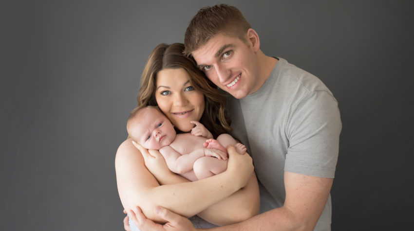 NEWBORN FIRST FAMILY PORTRAIT | GAINESVILLE NEWBORN PHOTOGRAPHER