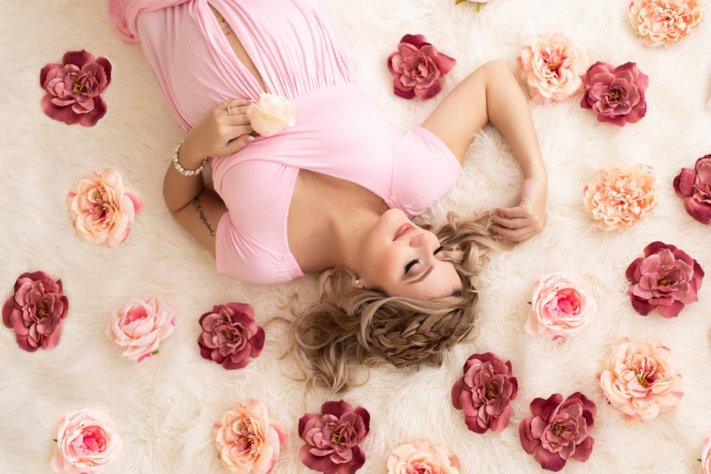 Maternity Pictures Flowers