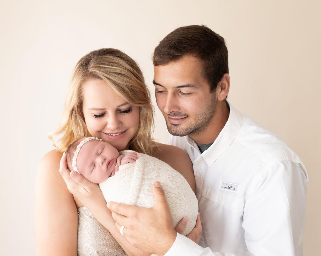 How to Take Newborn Photos