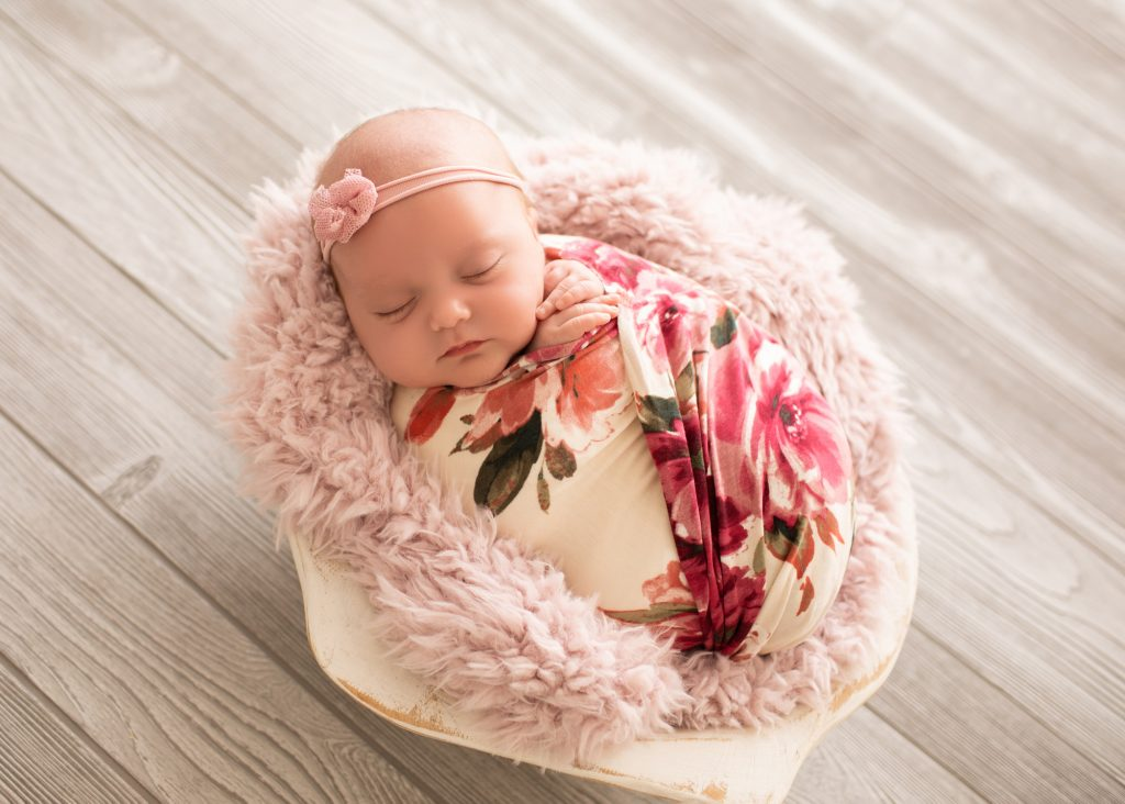 Find a Newborn Mini Session in Gainesville, FL