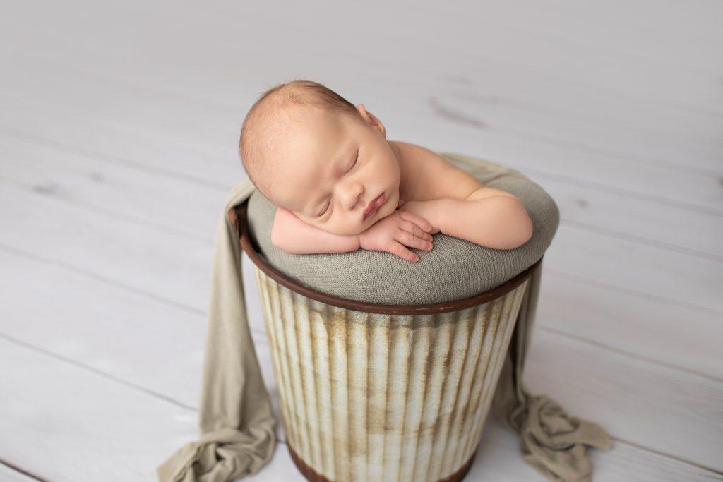 Newborn Peaceful Photos